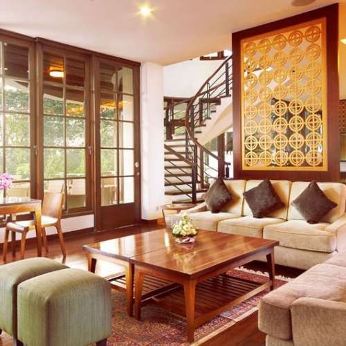 Review about House Sangkuriang Bandung in Strategic Location