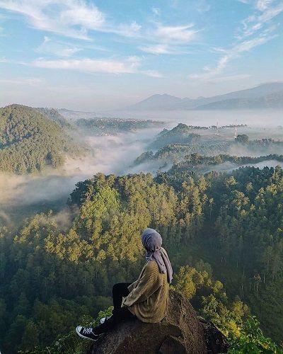 5 Tempat Wisata Alam Terkenal Di Bandung