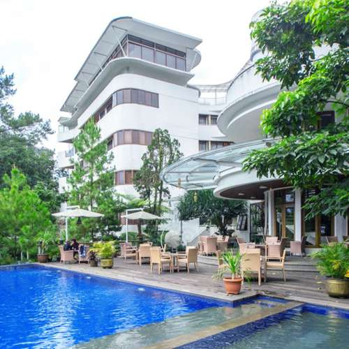 5 Famous Places around House Sangkuriang Bandung
