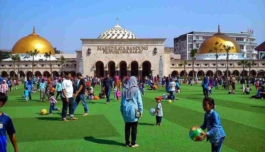 5 Tempat Ngabuburit Paling Keren di Bandung